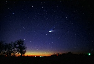 Hale Bopp comet, 1997, photo by John Tewell
