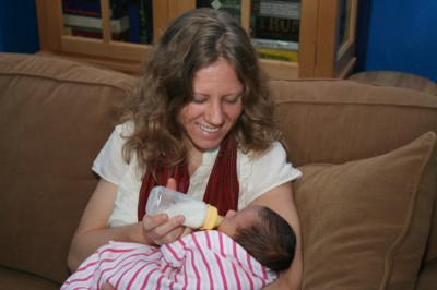 Joanna Mack gives a bottle to her niece Sophie Mack (aged 8 days), Mountain View, CA, October 1, 2007